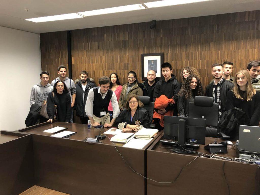 Alumnos del Grado en Derecho de ESERP Barcelona visitan la Ciudad de la Justicia de Barcelona
